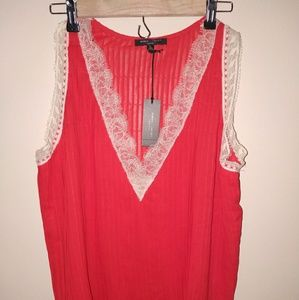 NWT Romeo & Juliet Couture sleeveless lace shirt